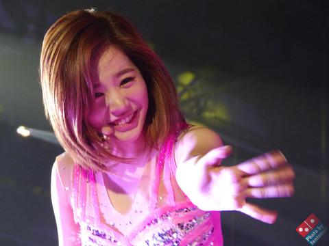 131110 Sunny Say Yes@HK TomoPara.jpg